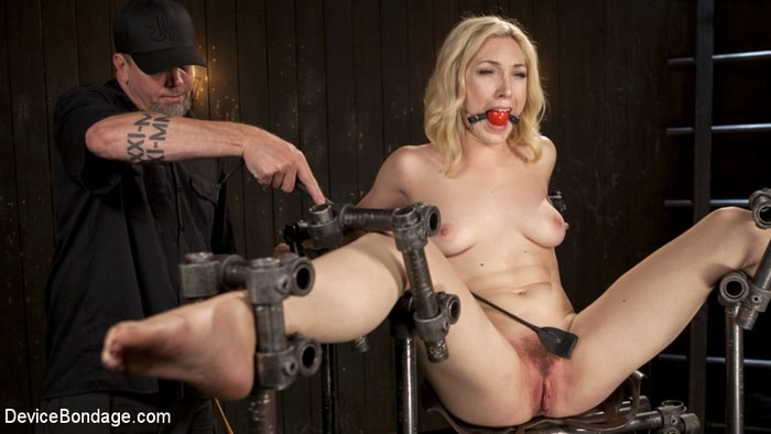 Lily LaBeau, The Pope - A Sadists Dream Come True