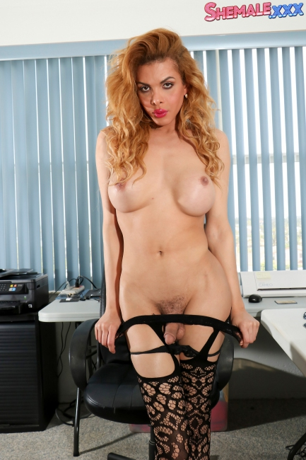 Jenna Tales - Jenna's Naughty Office Solo!  HD 1080p
