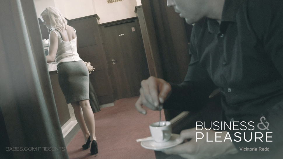 Vicktoria Redd: Business And Pleasure HD 1080p